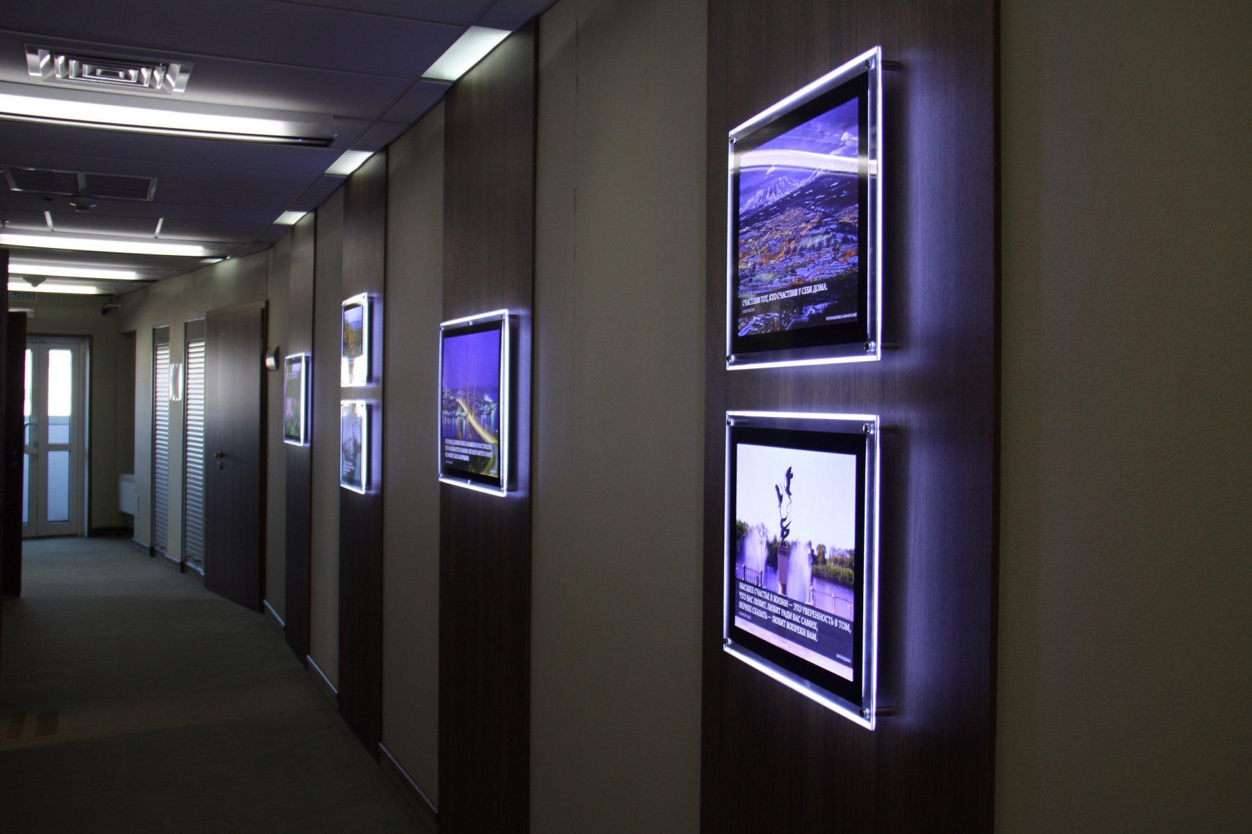 является лайт боксы настенные световые фото натяжных потолках это