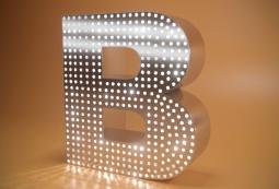 Монохромные пиксельные буквы, фото 1
